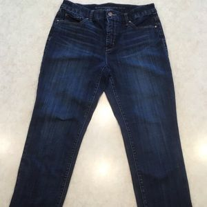 CHICO'S the  SO SLIMMING GIRLFRIEND CROP JEANS O.5
